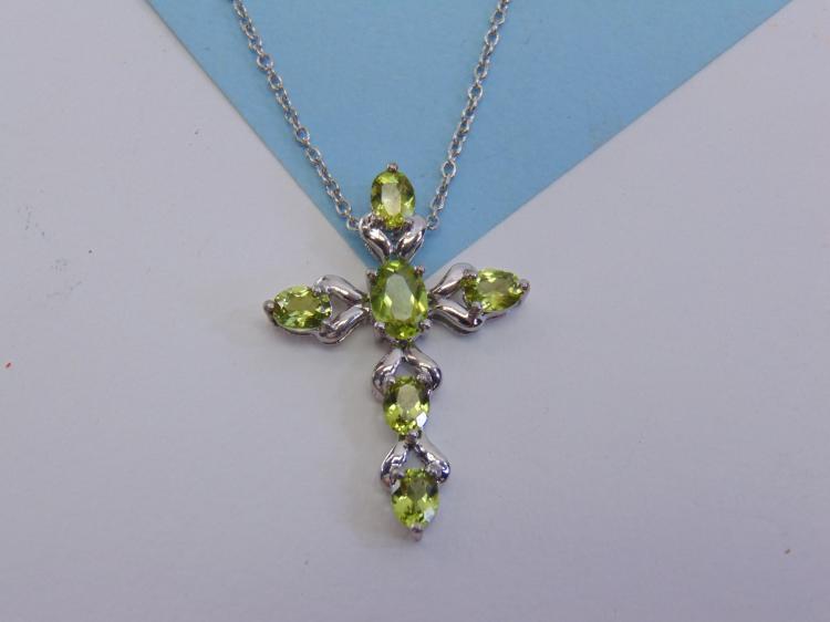 Sterling Silver Peridot Cross Pendant Necklace