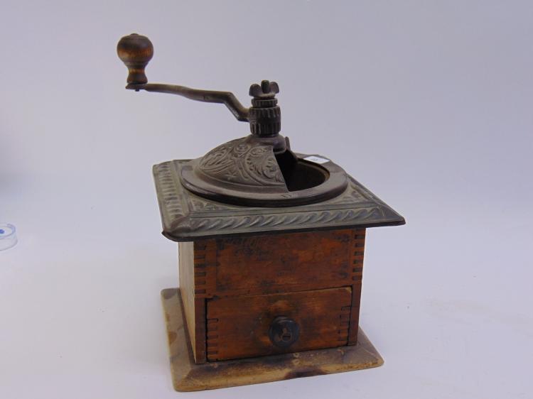 Vintage Metal & Wood Kitchen Coffee Grinder