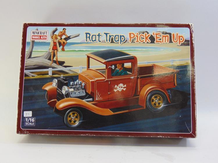 1/16 Minicraft Rat Trap Pick 'Em Up Model Kit