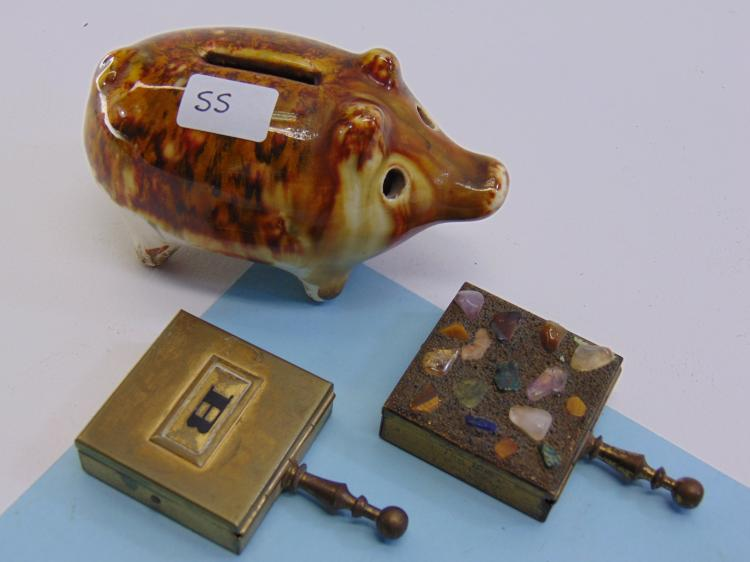 Vintage Sm Ceramic Piggy Bank & Ashtray Caddy Lot
