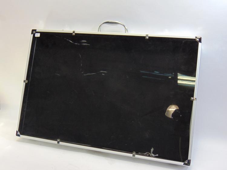 Plexiglas Top Display Case W/ Handle