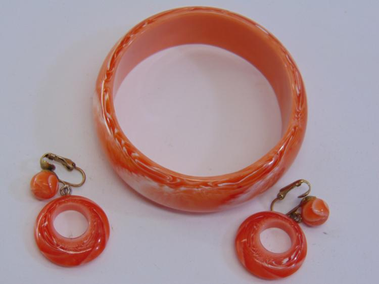 Vintage Marbled Plastic Bangle Bracelet Earrings