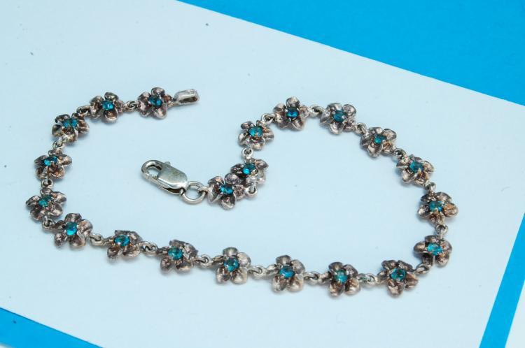Vintage 6g Sterling Silver Flower Chain Bracelet