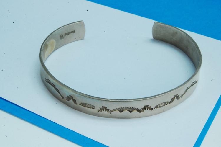 Vintage 15g Sterling Silver Hopi Stamped Bracelet