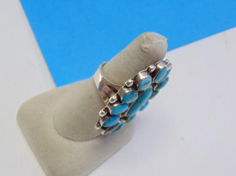 Lot 109: Large 18.7 Gram Old Pawn Sterling Silver and Turquoise Navajo Ring Size 8