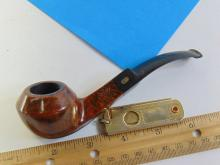 Lot 138: Jobey Asti Classic Carved Briar Wood Pipe and Valet Cigar Cutter