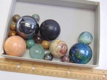 Lot 140: Large Lot of Semi Precious Stone and Glass Spheres