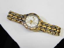 Lot 10: The Disney Store Winnie The Pooh Wrist Watch
