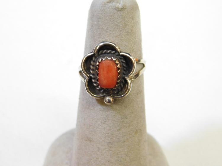 Vintage Navajo Sterling Silver Coral Ring Size 5