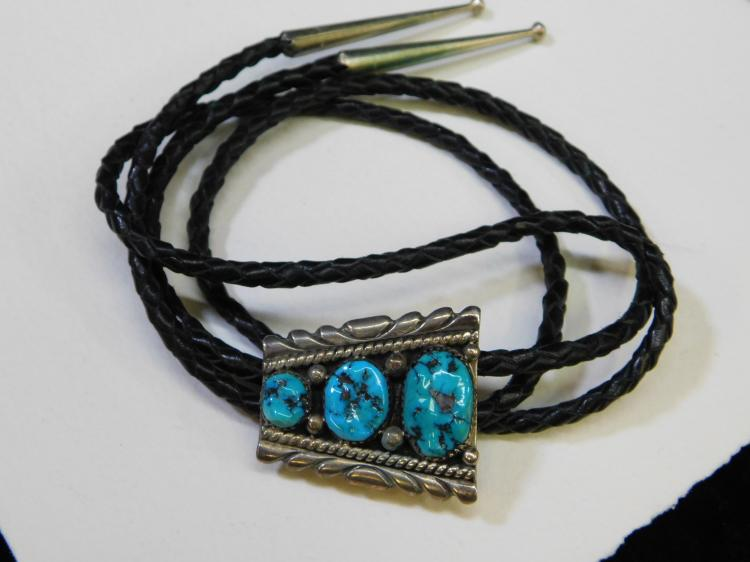 Robert Leekity Vintage Navajo Sterling Silver Turquoise Nugget Bolo Tie Signed Rlb