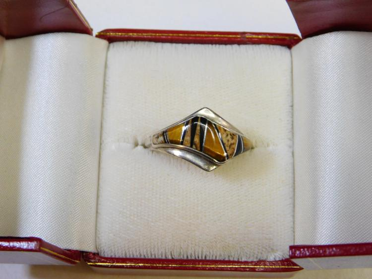Vintage Zuni Sterling Silver Inlaid Tigers Eye Palmwood Jet Ring Size 8.5