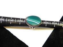 Lot 48: Vintage Sterling Silver Green Agate Ring Size 5.5 7.1G