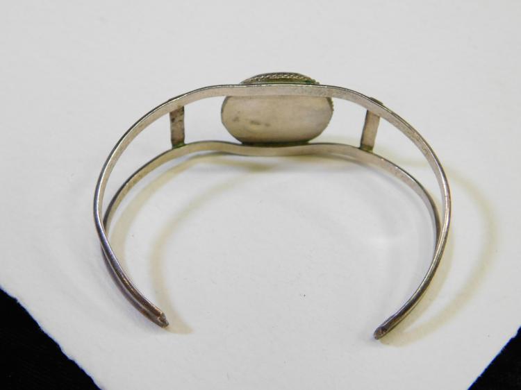 Lot 56: Vintage Navajo Sterling Silver Turquoise Cuff Bracelet