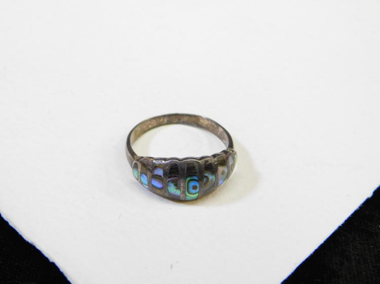 Vintage Mexico Sterling Silver Inlaid Abalone Ring Size 9