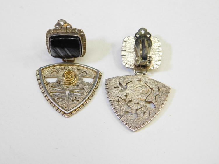 Lot 80: Myron Panteah Navajo Hopi Sterling & 14Kt Gold Banded Black Agate Incised Petroglyph Earrings