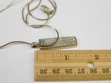 Lot 100: Vintage Sterling Silver Pink Art Glass Inlaid Pendant Necklace Signed Csk Thailand