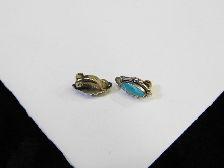Lot 112: Vintage Navajo Sterling Silver And Turquoise Clip On Earrings 4G