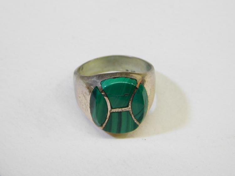 Lot 118: Vintage Mexico Sterling Silver Malachite Inlaid Mens Ring Size 10 15.4G