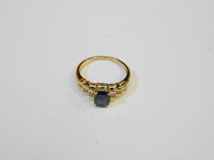 18K Gold Blue Purple Topaz & 6 Diamond Ring Size 5 2.3G