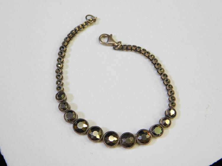 Modern Sterling Silver Faceted Marcasite Fashion Bracelet 11G
