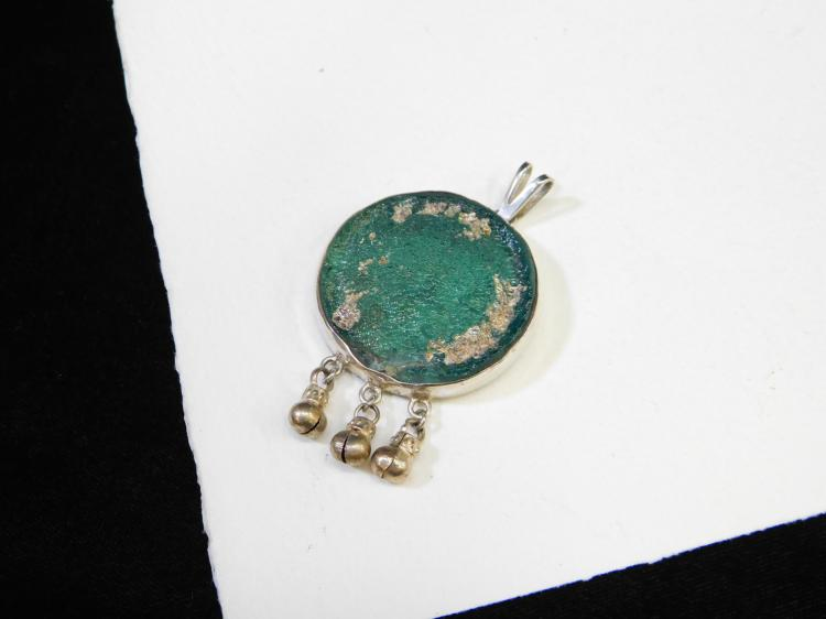 Lot 142: Vintage Sterling Silver Green Beach Glass Pendant Signed Israel 18.1G