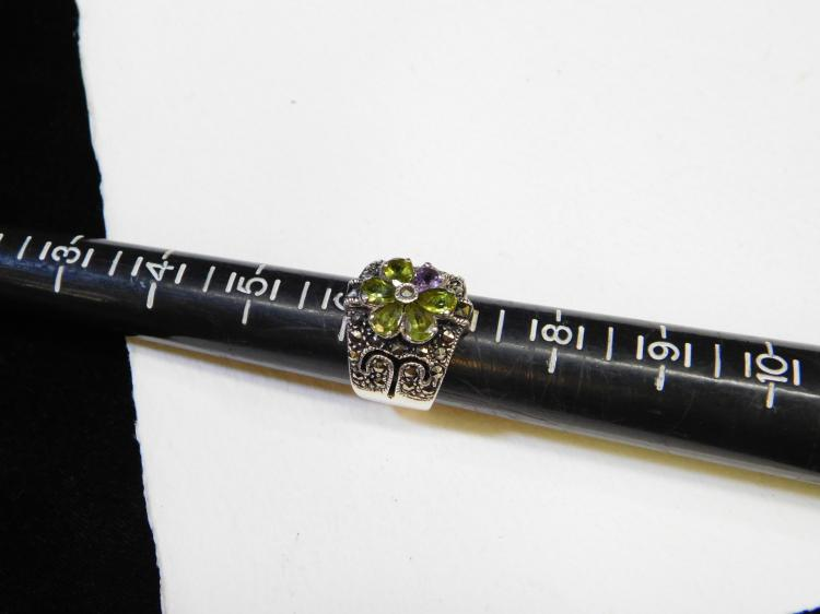 Lot 148: Vintage Sterling Silver Marcasite Peridot Amethyst Ring Size 7 9.3G
