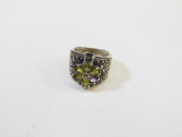 Vintage Sterling Silver Marcasite Peridot Amethyst Ring Size 7 9.3G