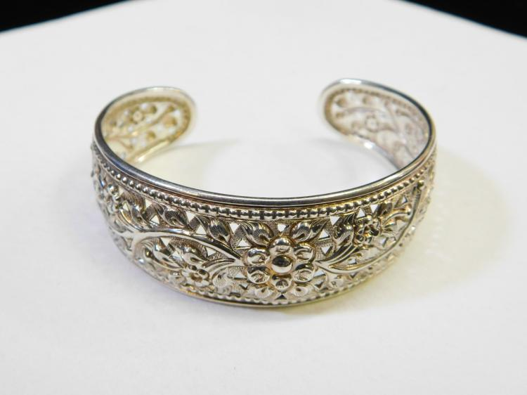 Vintage Sterling Silver Ds Thailand Incised Flower Cuff Bracelet 19.2G