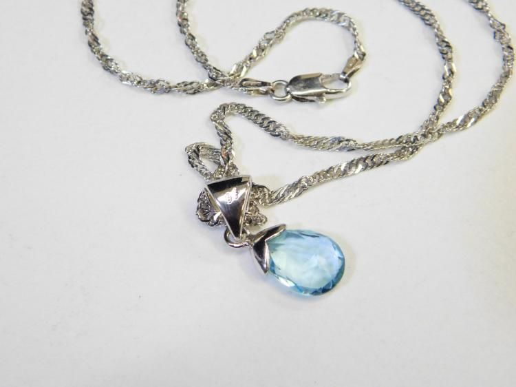 Modern Sterling Silver And Faceted Blue Topaz Pendant Necklace 6.2G