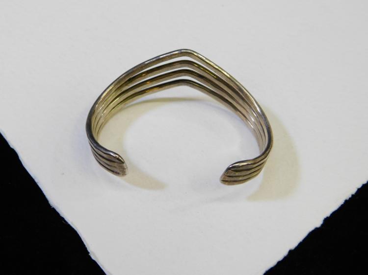 Lot 164: Vintage Hammered Sterling Silver Multiple Strand V Shaped Cuff Bracelet 27.6G