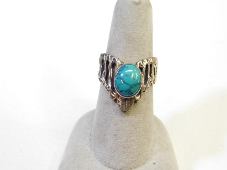 Vintage Navajo Sterling Silver Spider Web Turquoise V Ring Size 6.5