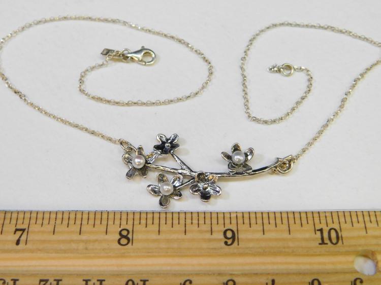 Lot 193: Vintage Sterling Silver Flower Pearl Necklace Signed Pz Israel