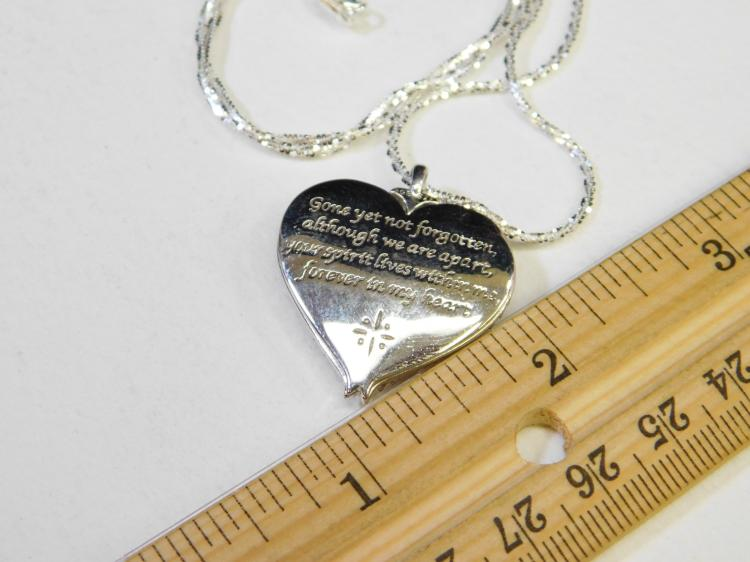 Lot 199: New Sterling Silver Bradford Exchange Mop Clear Cz Heart Pendant Necklace