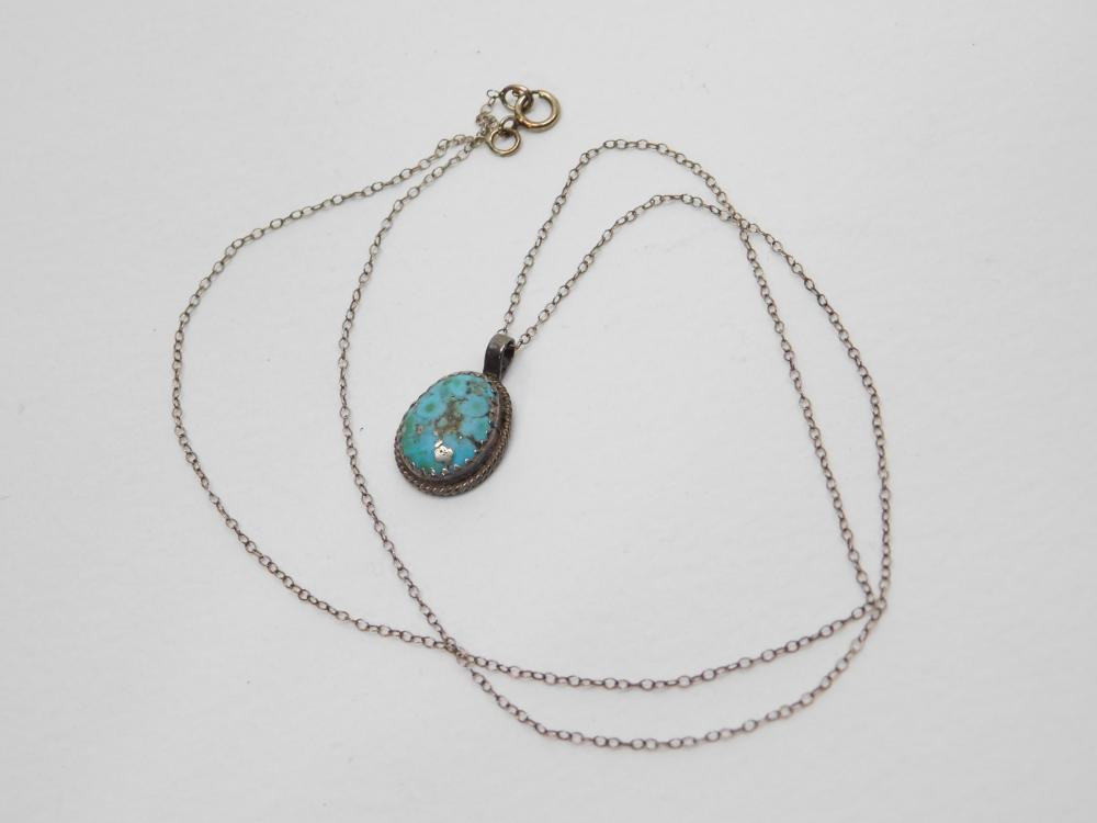 Vintage Native American Navajo Sterling Turquoise Pendant Necklace