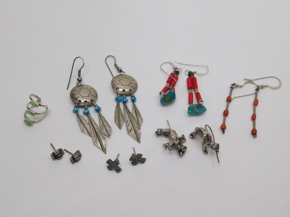 Lot Of Vintage Native American Sterling Silver Turquoise Coral Gaspeite Earrings & Ear Cuff 21G