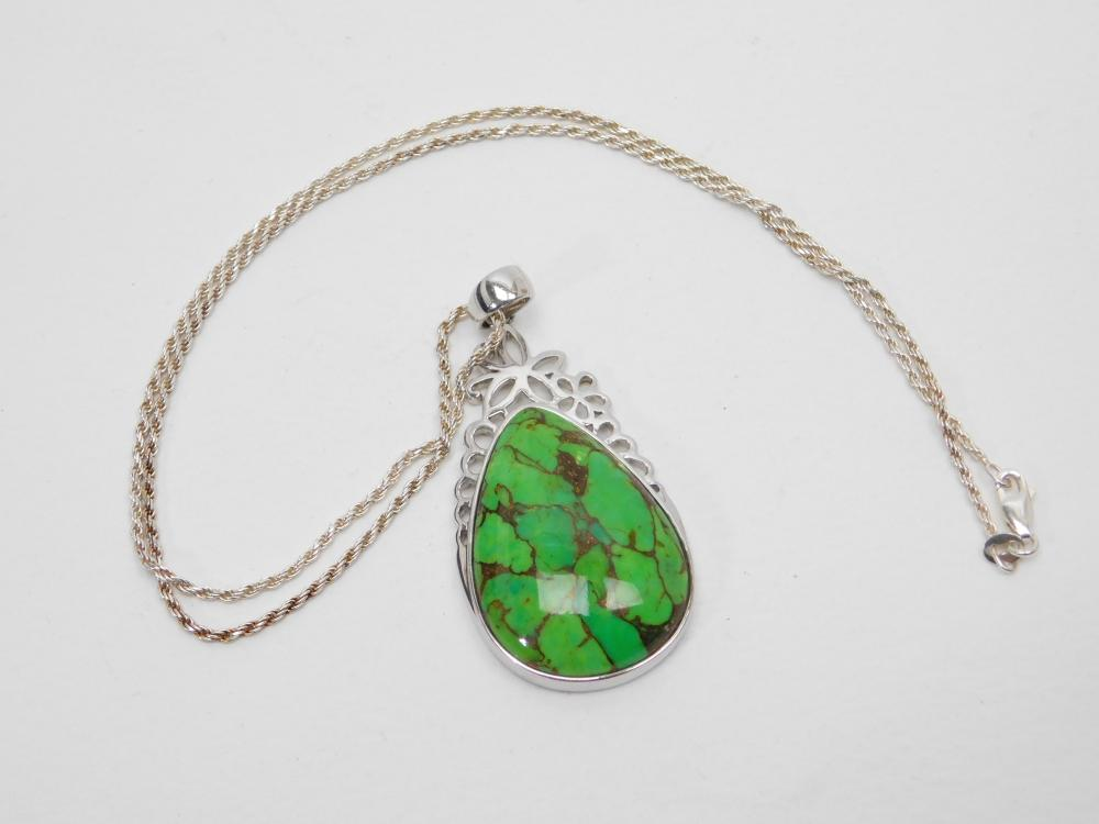 Sterling Silver Green & Copper Stone Pendant Necklace 20G