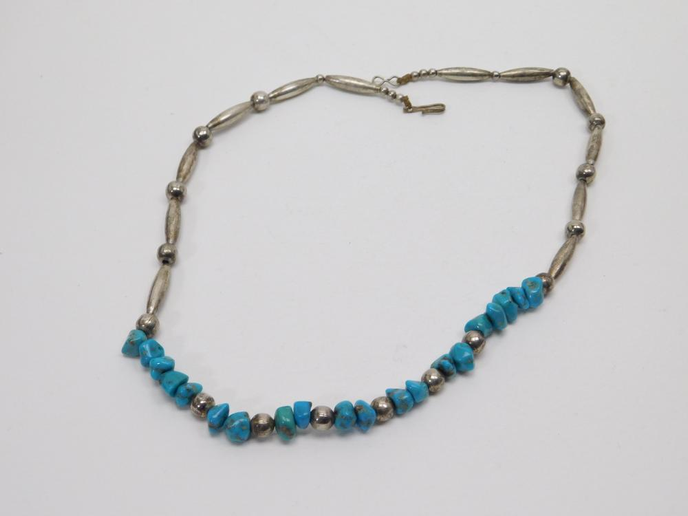 Vintage Native American Navajo Turquoise Bench Bead Choker Necklace 26.9G