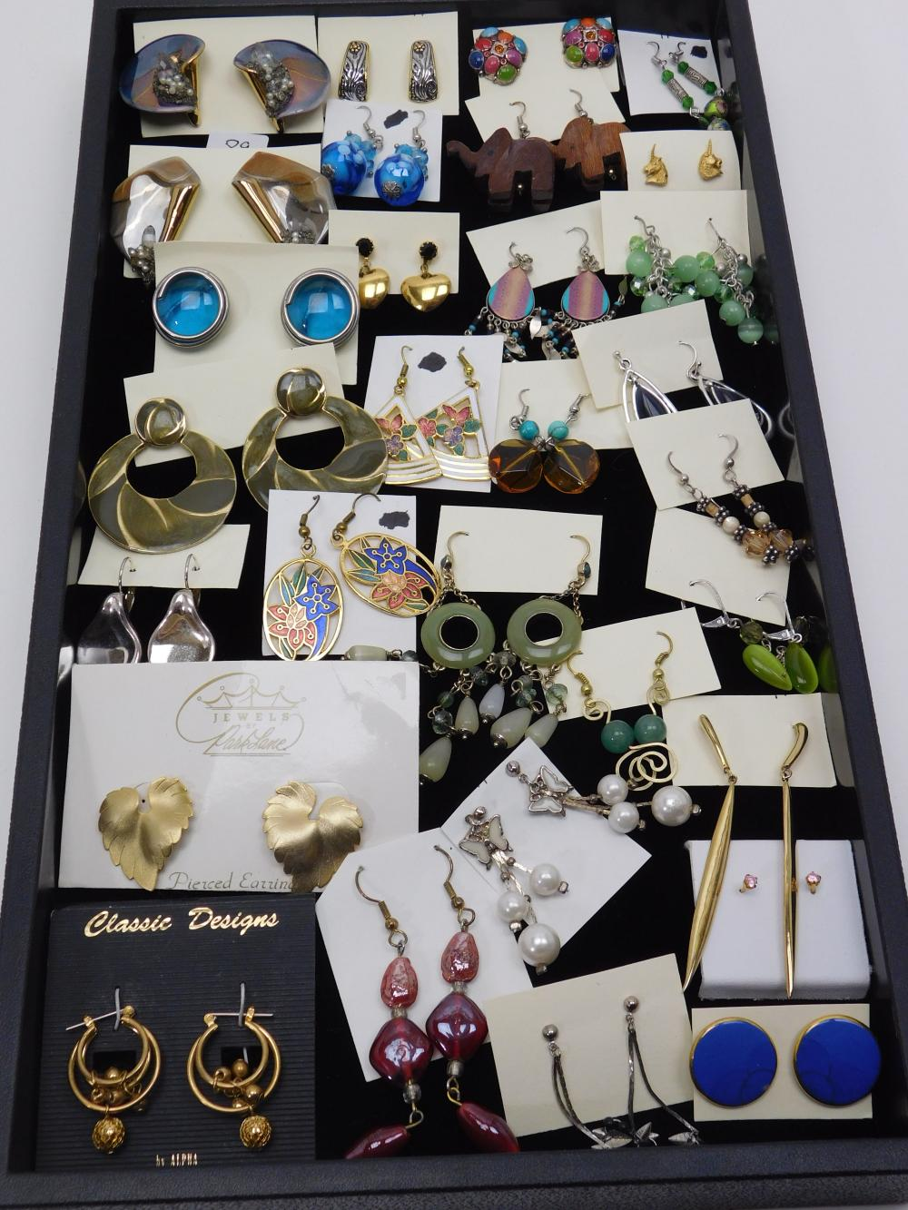 30Pr Vintage To Modern Costume Jewelry Mixed Earrings Lot