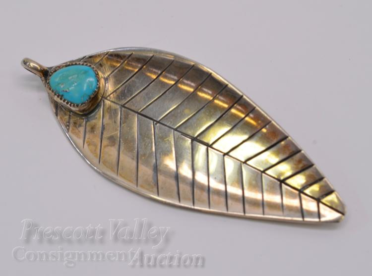 13.1 Gram Sterling Silver and Turquoise Leaf Pendant Pin Brooch