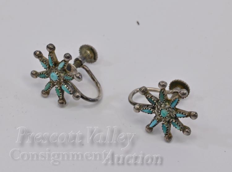Lot 27: Vintage Sterling Silver and Turquoise Screw Back Star Earrings