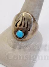 Lot 83: 15.1 Gram Navajo Sterling Silver and Turquoise Bear Paw Ring Signed M Sz 10.5