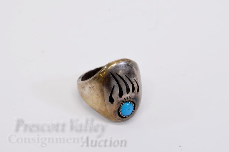 15.1 Gram Navajo Sterling Silver and Turquoise Bear Paw Ring Signed M Sz 10.5