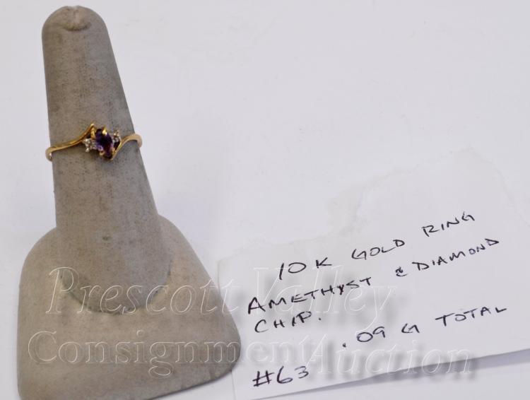 Lot 97: 10K Yellow Gold Amethyst and Chip Diamond Ring Sz 7.75