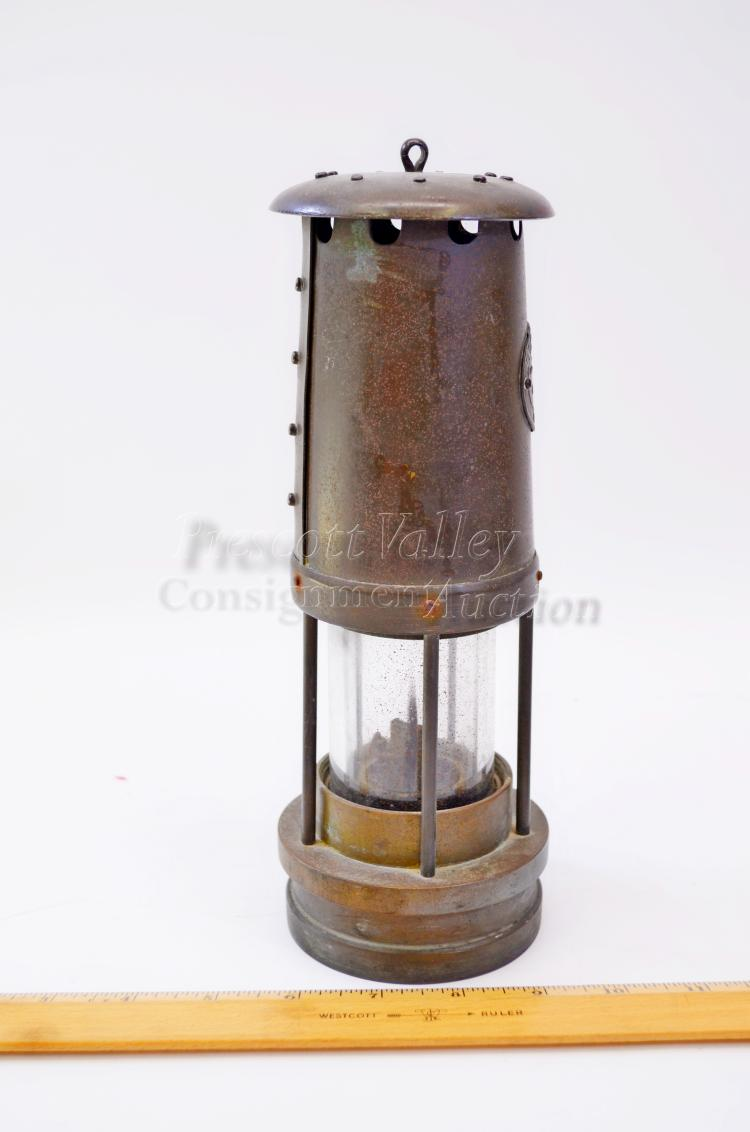Lot 124: Vintage E Thomas & Williams Brass and Glass Miners Lantern Lamp