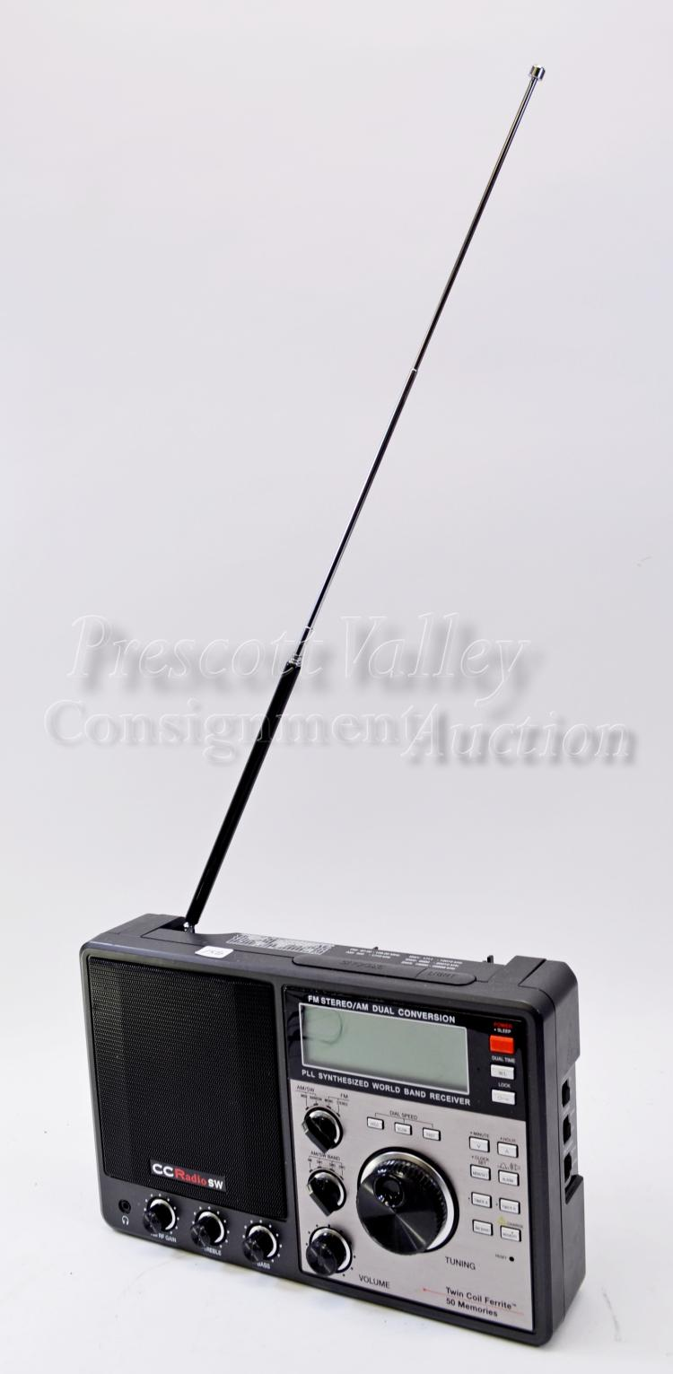 CC Radio SW AM/FM Dual Conversion PLL Synthesized World Band Receiver Twin Coil Ferrite 50 Memories Radio