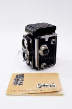 Lot 159: Vintage Rolleiflex Synchro Compur Franke & Heidecke Twin Lens Medium Format Camera with Lens Cover and Instruction Manual