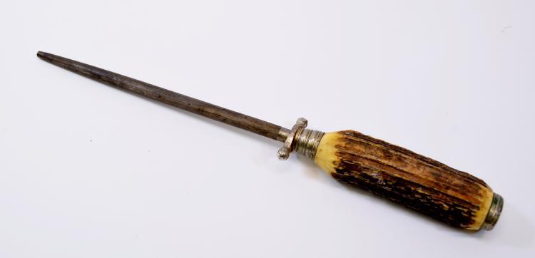 Lot 184: Lot of 2 Vintage Solingen German Stag Handle Carving Knife Sharpener and Shears