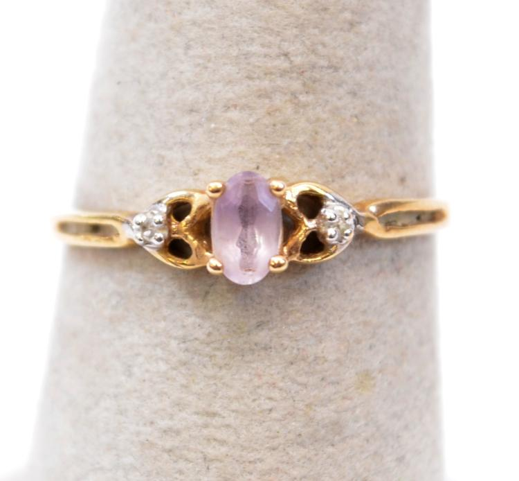1.1 Gram 10K Yellow Gold Amethyst and Diamond Chip Ring Sz 7