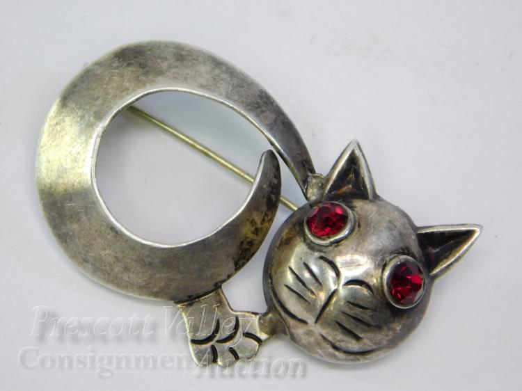 Vintage Mexican Sterling Silver Cat with Garnet Eyes Pin Brooch Signed Parra