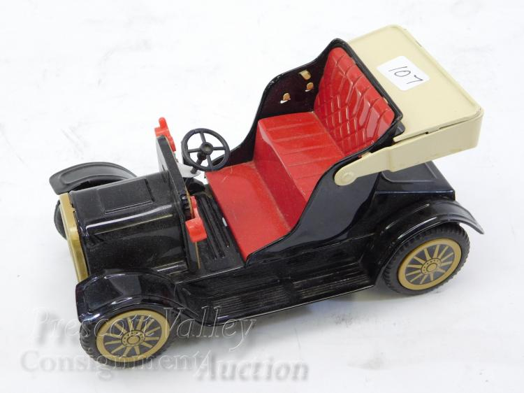 Vintage Japan Tin Litho Friction Toy Car